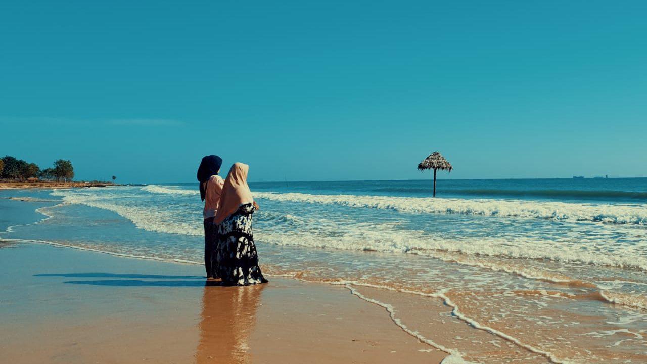 Meditasi di Pantai